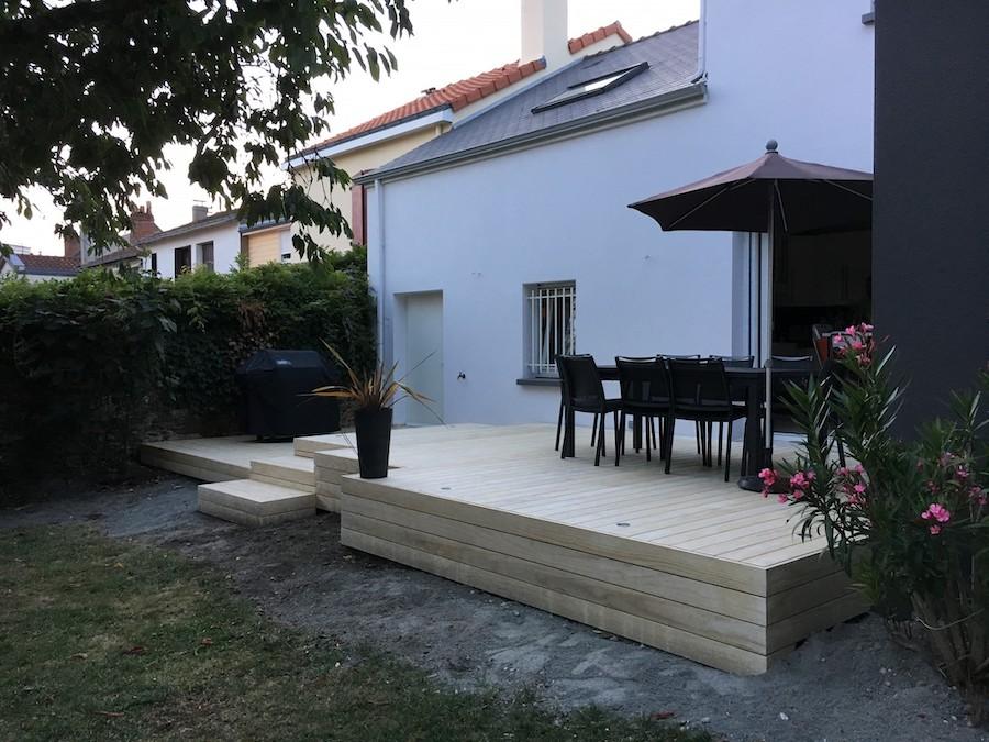 Terrasse sur sol dur à Nantes