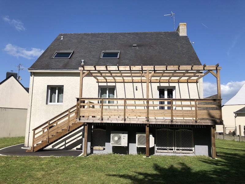 Terrasse sur poteaux en extension de balcon à Guerande