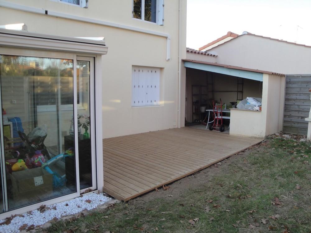 Aménagement extérieur avec terrasse