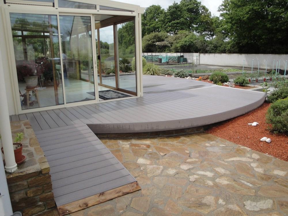 Création d'une terrasse en composite
