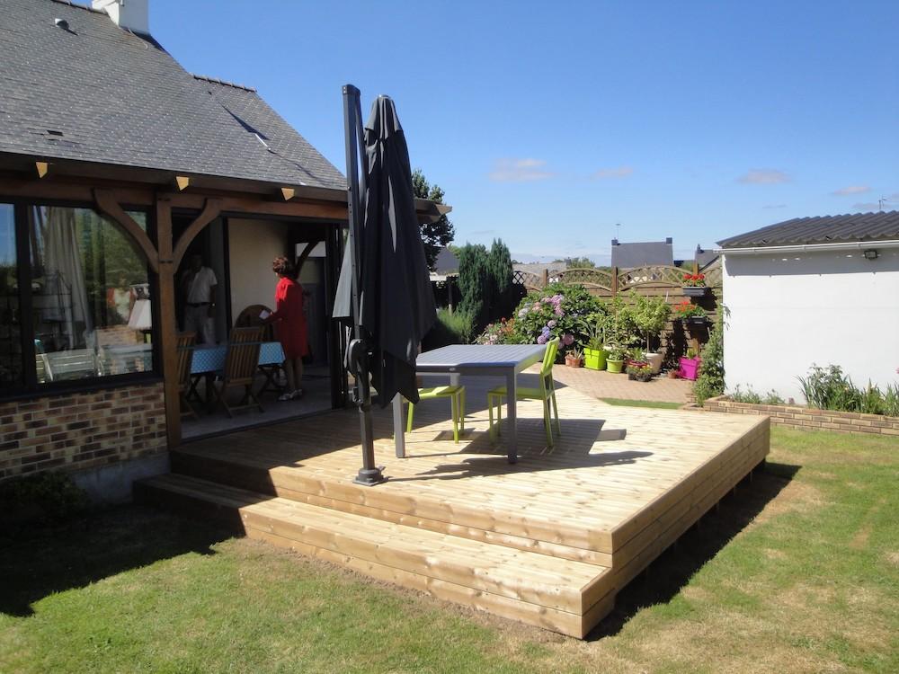 Installation de terrasse en bois sur plot