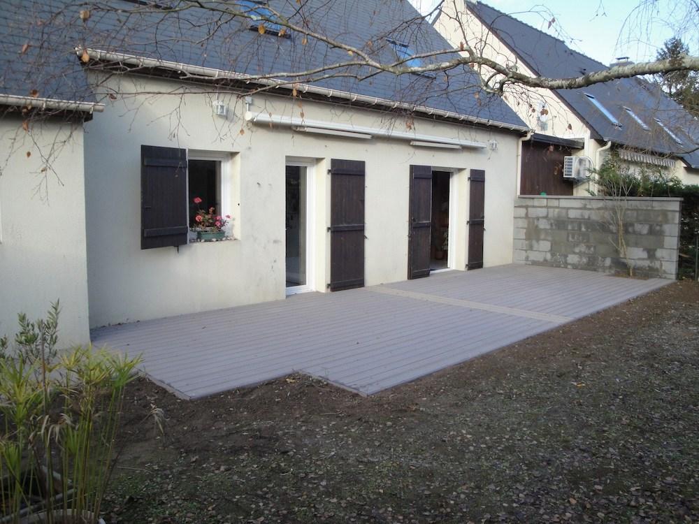Installation de terrasse en bois sur sol stable