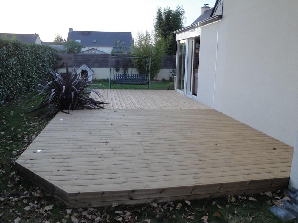 Installation de terrasse en bois en hauteur