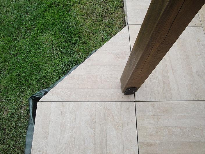 Création de terrasses en grès cérame proche de Nantes