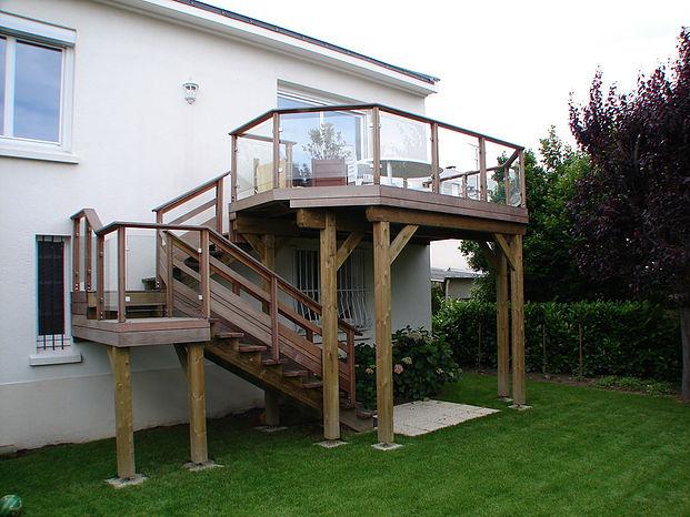 Création de terrasse sur poteaux par Nicaume