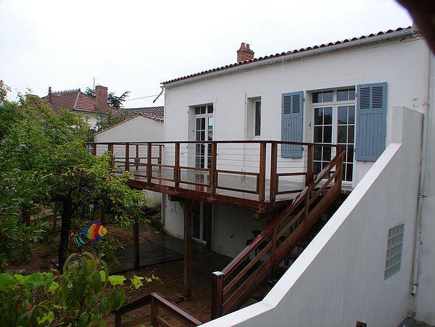 Terrasses sur poteaux à de La Roche-sur-Yon