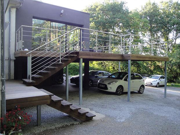 Pose d'une terrasse moderne en Loire-Atlantique