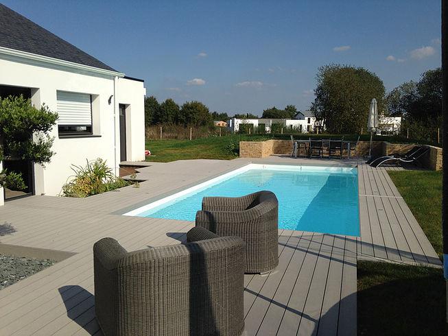 Avoir un espace de piscine proche de Nantes