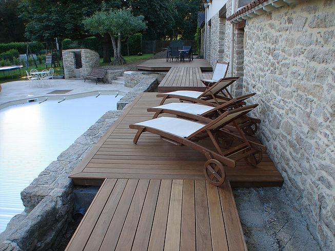 Terrasses tour de piscine proche de Nantes