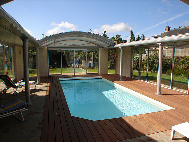 Installation de terrasses tour de piscine