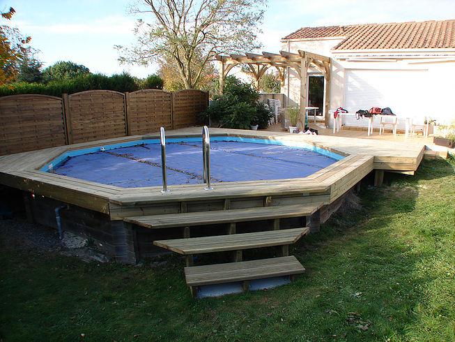 Terrasses en bois tour de piscine proche de Nantes
