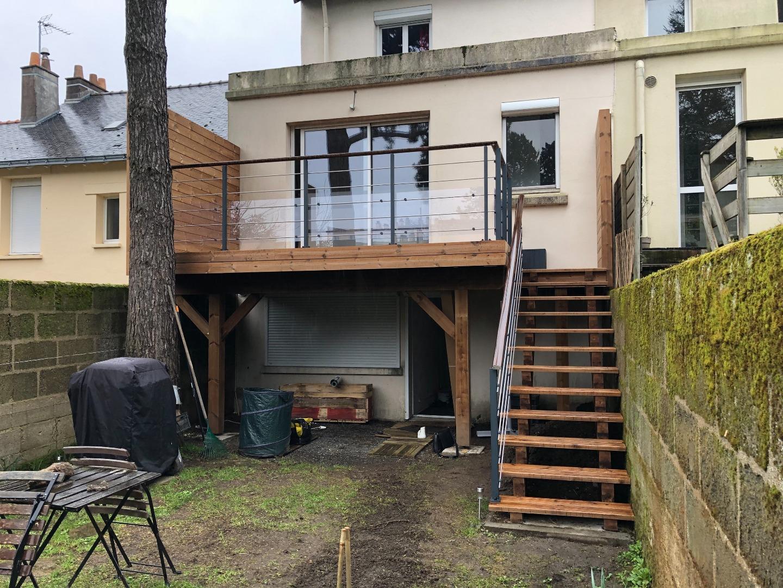 Terrasse sur poteaux en Thermopin à Nantes